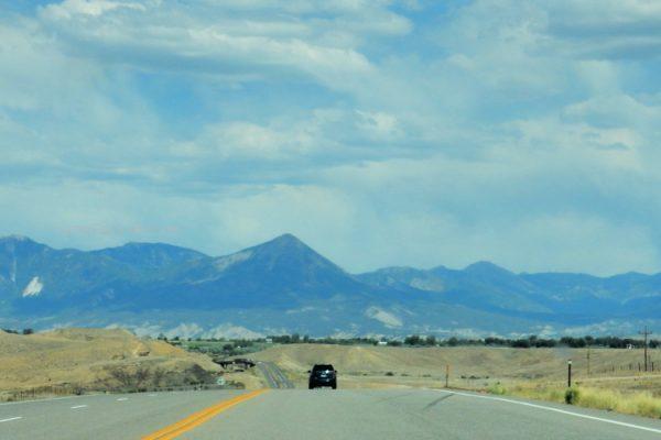 Colorado Mountain Scenery pic by Camp Colorado